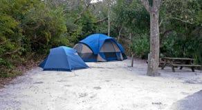 Camper de tente de type de famille Images libres de droits