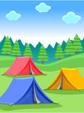 Camper en Forest Background Photos libres de droits