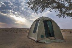 Camper en Namibie Images stock