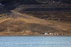 Camper extrême dans Svalbard Image stock