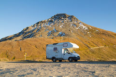 Camper in the high mountain Royalty Free Stock Photos
