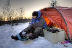 Camper sous la lune Photo stock