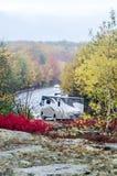 Camperstraße im Acadia-Nationalpark im Herbst Stockbild