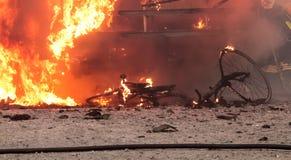 Campeur, incendie de véhicule. Image libre de droits