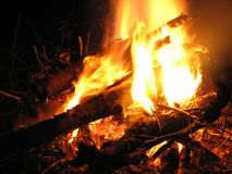 Campfire. Peaceful small campfire at night Royalty Free Stock Photography