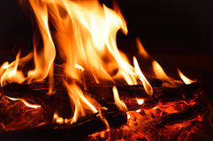 Campfire with hot coals Royalty Free Stock Photos
