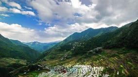 Campi dei terrazzi del riso in montagne della provincia di Ifugao Banaue, Filippine stock footage