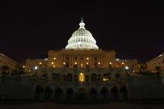 Campidoglio alla notte - Washington DC degli Stati Uniti fotografia stock