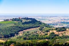 Campiglia Marittima ist ein comune (Stadtbezirk) auf den Italiener bezüglich Stockfoto