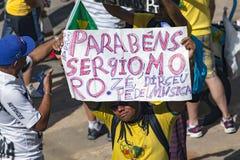 Campinas, Бразилия - 16-ое августа 2015: антипровительственные протесты в Бразилии, прося импичмент Dilma Roussef Стоковые Изображения