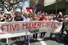 Campinas, São Paulo, Brésil - 29 septembre 2018 Mouvement de #elenão de NotHim dans un jour national des protestations photographie stock libre de droits
