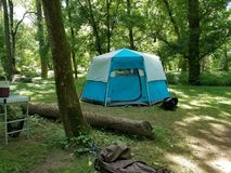 Camping aux collines de Hocking photos stock
