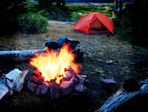 Camping with Campfire Royalty Free Stock Photos