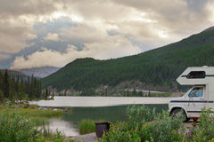 Camping van RV Stone Mountain Provincial Park BC Stock Images