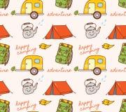 Campingowy o temacie bezszwowy tło z namiotem i karawaną ilustracja wektor