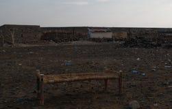 Campingplats nära kusten av Salt Lake Karum aka sjön Assale eller Asale, avlägsna Danakil, Etiopien Royaltyfri Bild