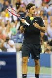 Campione Roger Federer del Grande Slam di diciassette volte durante la partita di quarto di finale all'US Open 2014 Immagini Stock