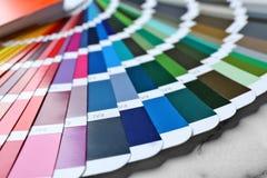 Campioni della tavolozza di colore, primo piano immagini stock libere da diritti