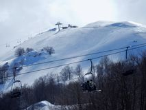 Campitello Matese - άποψη chairlifts στοκ εικόνα