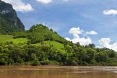 Campo alrededor del río de Nam Ou Fotografía de archivo