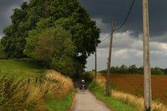 Campo antes de la tormenta Fotografía de archivo libre de regalías