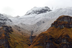 Campo bajo de Annapurna, montañas de Himalaya, Nepal Foto de archivo libre de regalías