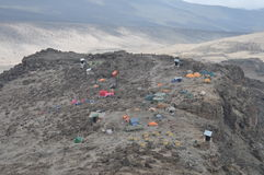 Campo bajo de Kilimanjaro del montaje (campo de Barafu) fotos de archivo libres de regalías