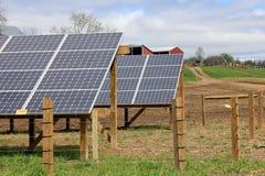 Campo bonito com painéis solares Foto de Stock