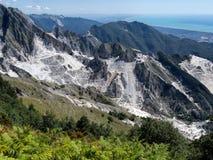 Campo Cecina - il marmo estrae a Carrara, Italia Fotografie Stock