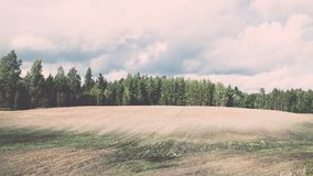 campo coltivato fresco in autunno - effetto d'annata Fotografie Stock Libere da Diritti