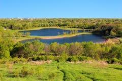 Campo com dois lagos Fotografia de Stock Royalty Free
