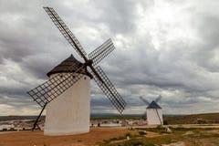 campo criptana de windmills Στοκ φωτογραφία με δικαίωμα ελεύθερης χρήσης