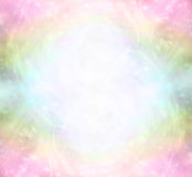 Campo curativo di energia leggera dell'arcobaleno etereo royalty illustrazione gratis