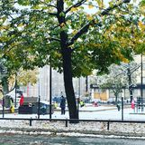 Campo da giuoco in Finlandia in autunno fotografia stock