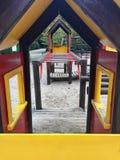 Campo da giuoco ricreativo vuoto nel parco Fotografie Stock Libere da Diritti