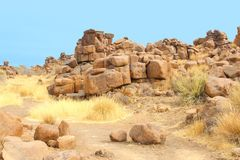 Campo da giuoco surreale di Giants delle rocce, Namibia Fotografie Stock Libere da Diritti