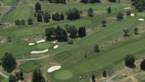 Campo da golf verde splendido video d archivio
