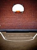 Campo da pallacanestro vuoto Immagine Stock Libera da Diritti