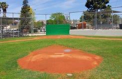 Campo de béisbol de la liga pequeña Fotos de archivo