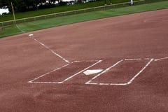 Campo de beísbol con pelota blanda vacío Fotografía de archivo libre de regalías