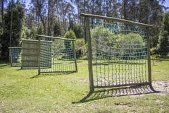 Campo de entrenamiento militar hecho de la madera Concepto del deporte Foto de archivo