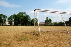 Campo de fútbol abandonado Imagen de archivo