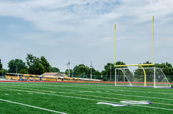 Campo de fútbol de la pequeña ciudad Imagenes de archivo
