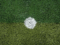 Campo de fútbol en el punto del penalti Fotografía de archivo