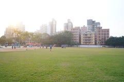 Campo de fútbol en la escuela Foto de archivo libre de regalías