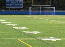 Campo de fútbol vacío imagen de archivo