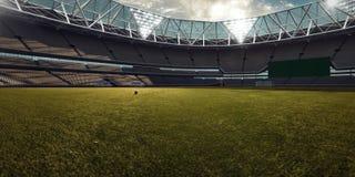 Campo de fútbol vacío de la arena del estadio Foto de archivo libre de regalías
