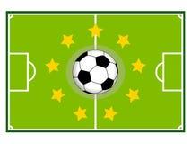 Campo de fútbol y bola Fotos de archivo
