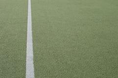 Campo de Footbal y línea blanca vertical Foto de archivo