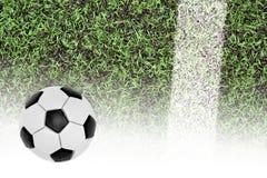 Campo de fútbol y la bola Imagen de archivo